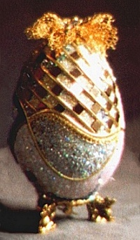 Party Time: goose egg, swarvoski crystals,14kt gold leaf,musical